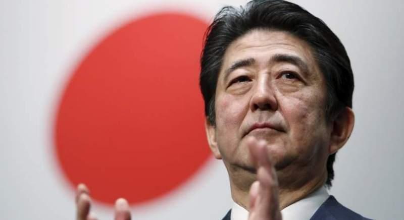 ¿Cómo se encuentra la economía este mes a nivel mundial? - shinzo-abe-reuters
