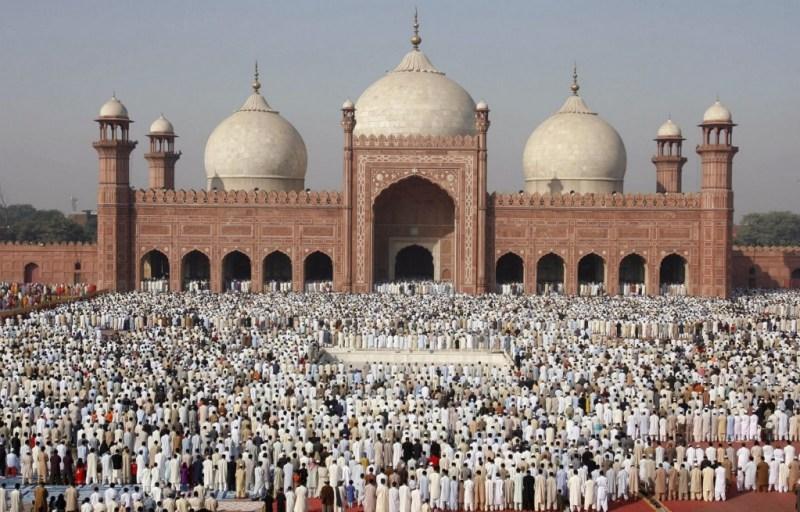HOTEtiquette en las mezquitas - e2f09-ws_badshahi_mosque_1024x768