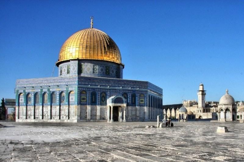 HOTEtiquette en las mezquitas - explanada-mezquitas