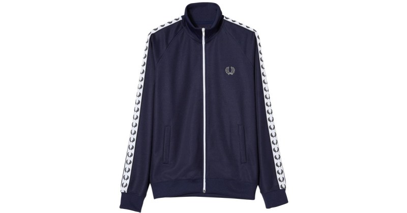 HOT STUFF HIM : 8 prendas TOP de esta temporada - fred-perry-carbon-blue-sports-authentic-laurel-tape-track-jacket-black-product-0-459369586-normal