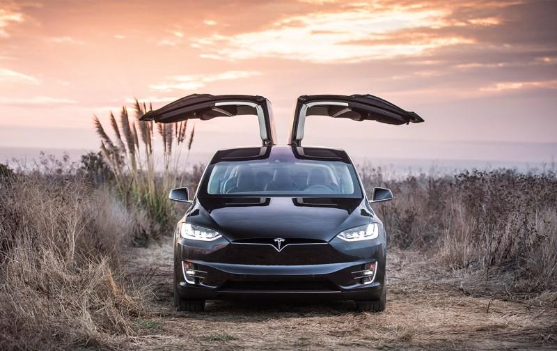 TESLA: El coche autónomo, el coche del futuro - tesla-portada