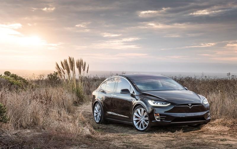 TESLA: El coche autónomo, el coche del futuro - tesla1