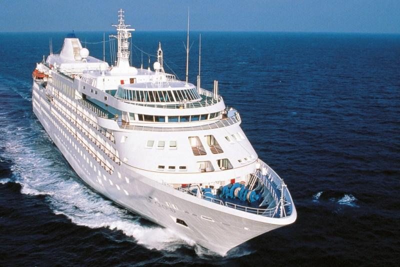 Los mejores cruceros según HOTBOOK - silverseas-silver-cloud-facade-1024x683-1