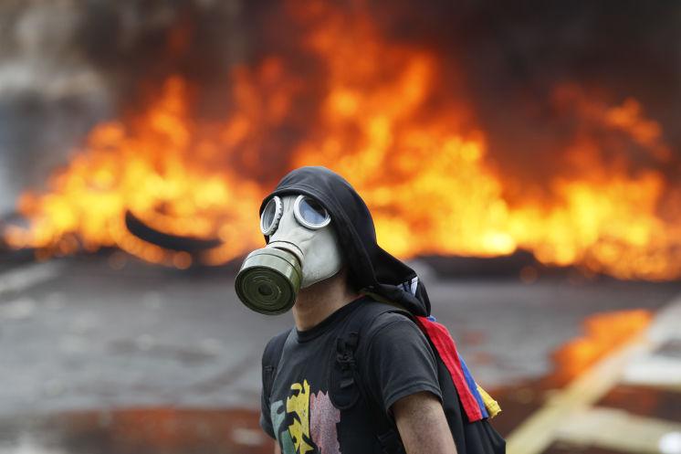 News Recap 28 de Abril by Telokwento - a4s_venezuela_bw_042817_19197570_8col