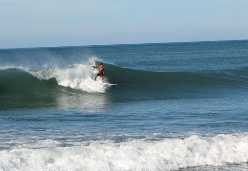 Las mejores playas para surfear en México - barra-de-nexpa