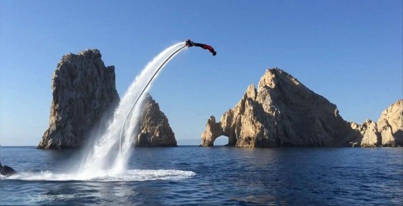 Las 10 actividades más extremas que puedes realizar en México - Actividades-extremas-flyboard-