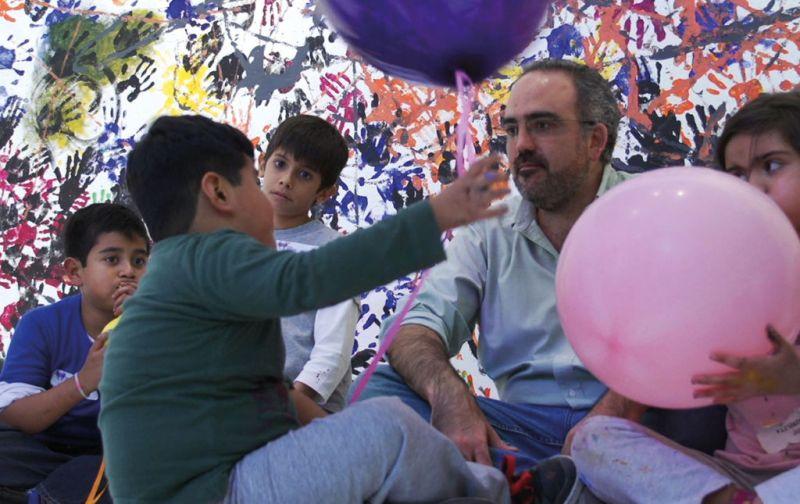 Emiliano Gironella, Arte que Cicatriza - Emiliano-Gironella-niños-y-manos