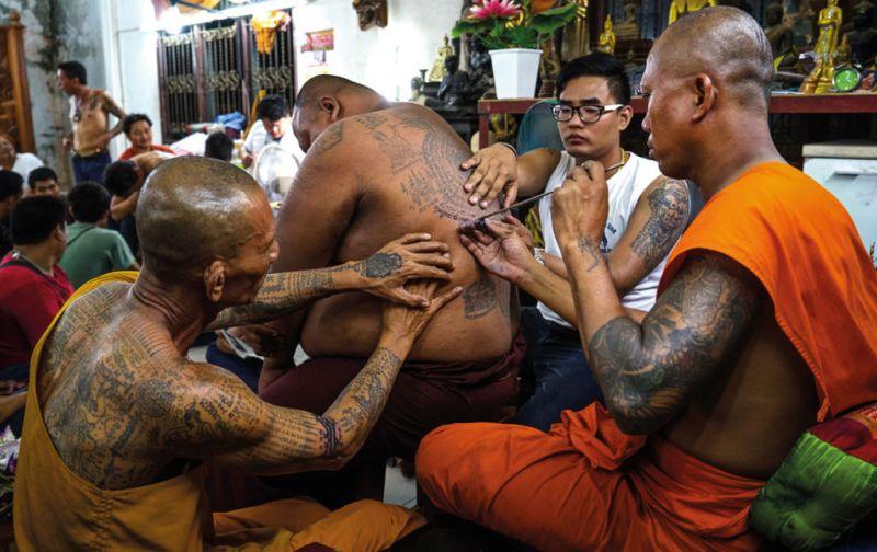Rituales Religiosos, quien pierde su fe no puede perder nada más. - Rituales-religiosos-sak-yant-festival