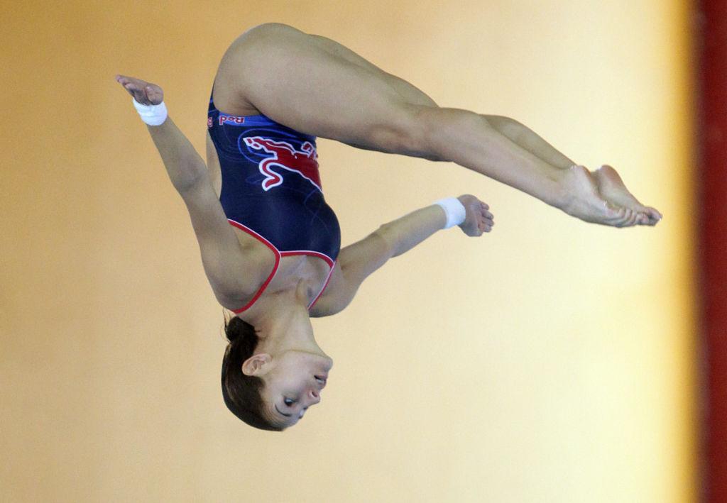 Conoce a los mejores atletas mexicanos - 6. Paola-Espinosa portada