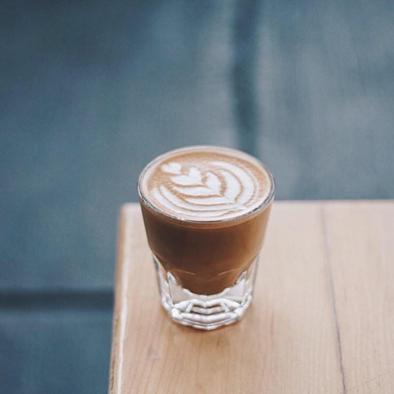 Descubre nuestros cafés favoritos en la CDMX - PORTADA-alma-negra
