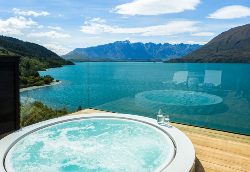 Matakauri Lodge - travel_hotel_jacuzzi_view