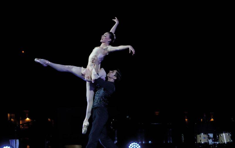 Tiler Peck - ballet-dancers-at-gala-de-danza