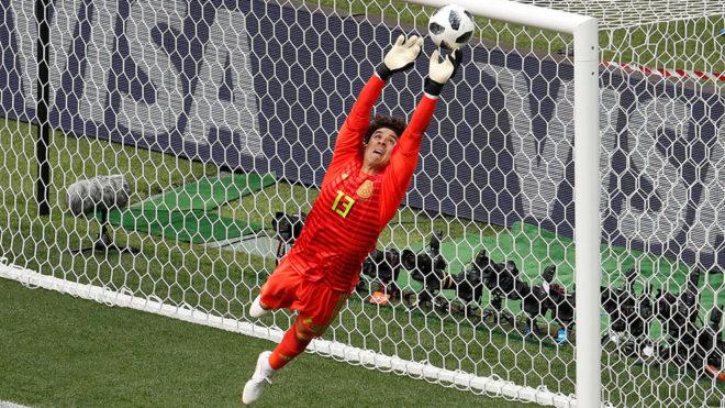 Guillermo Ochoa, el mejor portero del Mundial según la FIFA - word-image-1