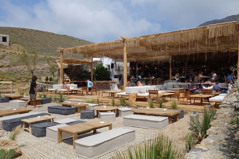 Guía para visitar Mykonos - alemagou-mykonos-beach-bar-restaurant-11