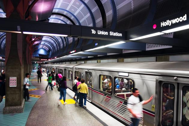 El metro de Los Ángeles es el primero en incorporar un sistema de scanners corporales - metroscanner_metro