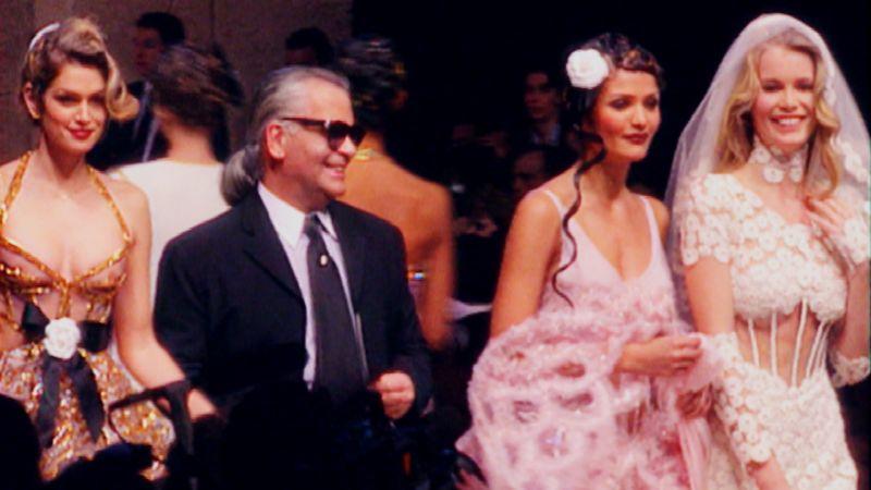 10 datos que no sabías sobre Karl Lagerfeld - karllagerfeld_pasarela