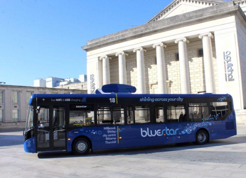 Bluestar, el autobús que limpia el aire mientras circula - bluestar-autobus-1