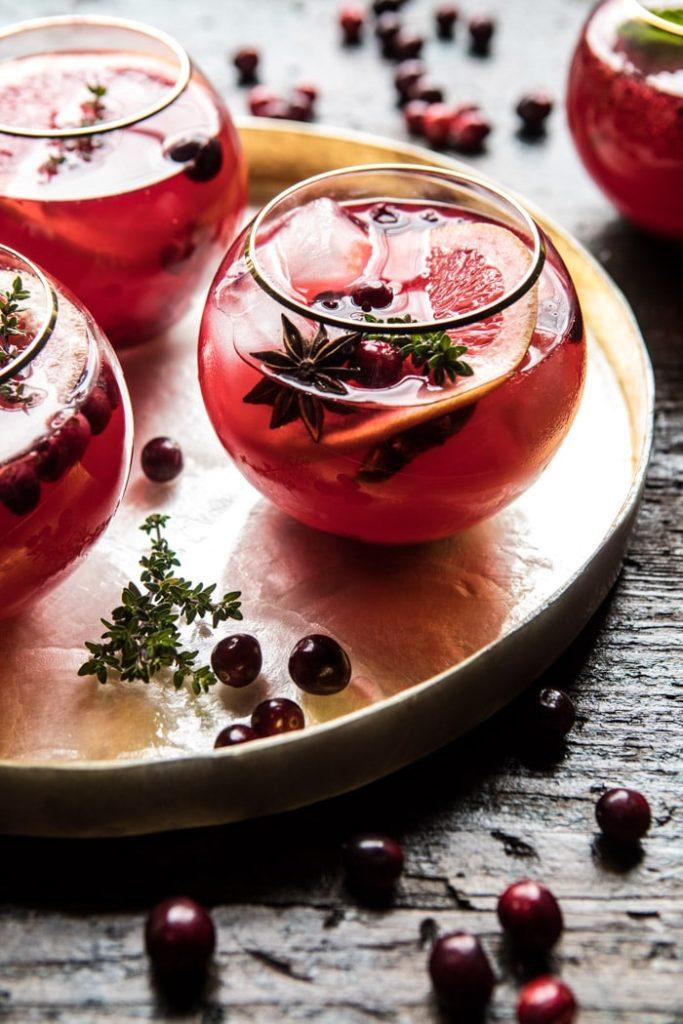 Los mejores drinks para Navidad - cranberry-thyme-spritz-5