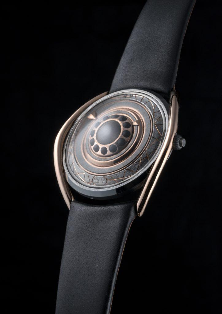 Elizabeth Fischer, directora del Departamento de Diseño de HEAD Genève y pionera del primer programa de diseño de relojes en el mundo - entrevistasiar_relojnegro
