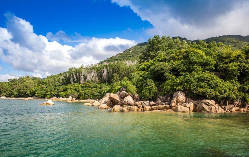 An Lam Retreats, tu luna de miel en Vietnam - paisaje-montancc83a-vietnam-naturaleza