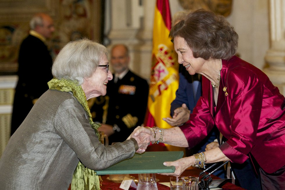 Ida Vitale, ganadora del Premio Cervantes 2018 - PremioCervantes_Reina_PORTADA