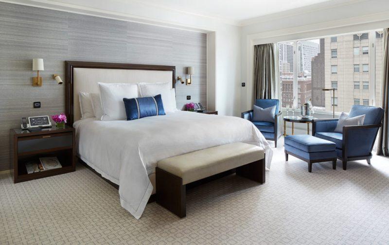 The Peninsula Chicago - bedroom-hotel-the-peninsula-chicago