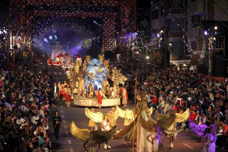 7 increíbles festivales de Navidad en el mundo - festivalesnavidad_gramadonatalluz