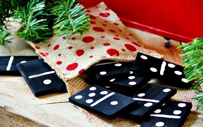Regalos de Navidad que puedes hacer tú mismo - Regalos de Navidad DIY - Dominó