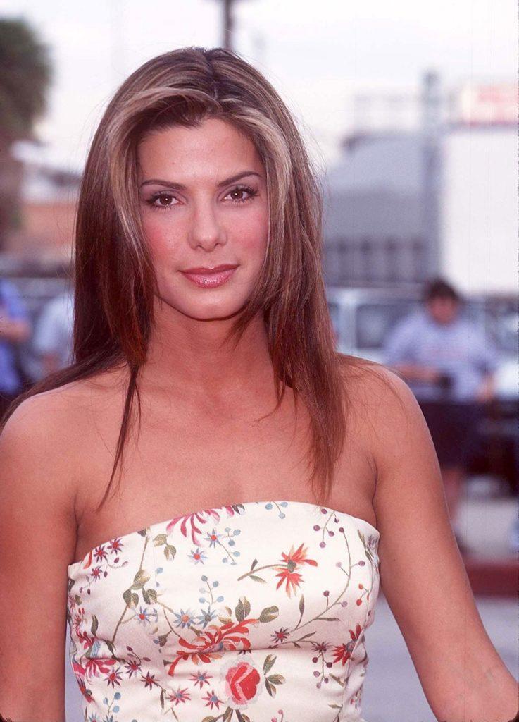 Datos que no sabías de Sandra Bullock - 5-rostro-mas-bello