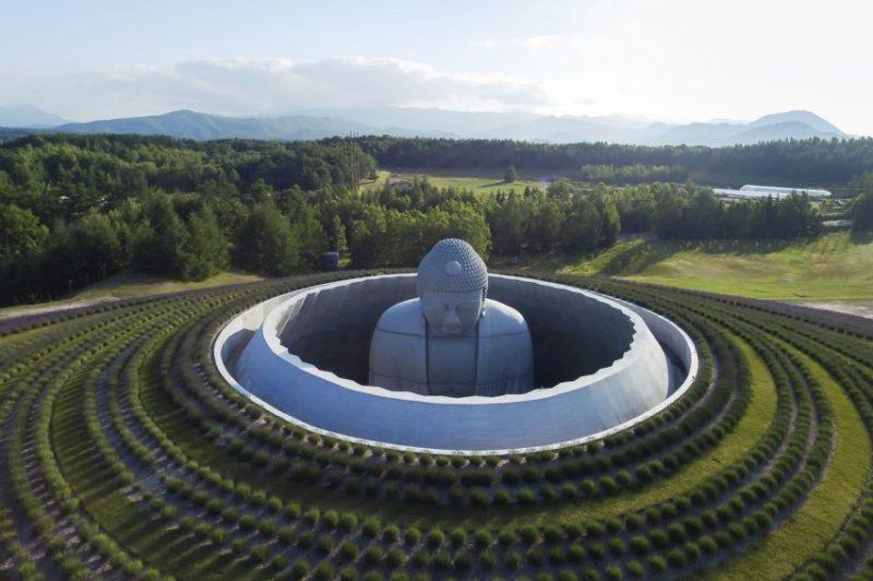 Las obras arquitectónicas más icónicas de Tadao Ando - tadaoando_buddah
