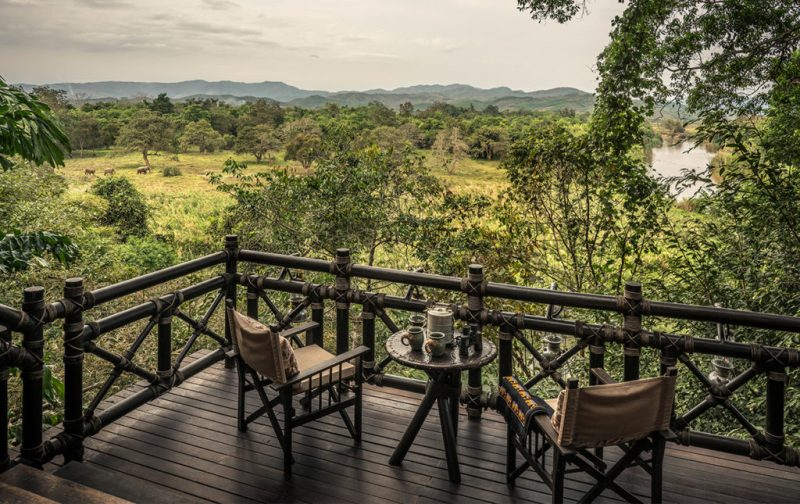 El mejor destino para tu luna de miel: Four Seasons Tented Camp - tented-camp-terrace-view-nature