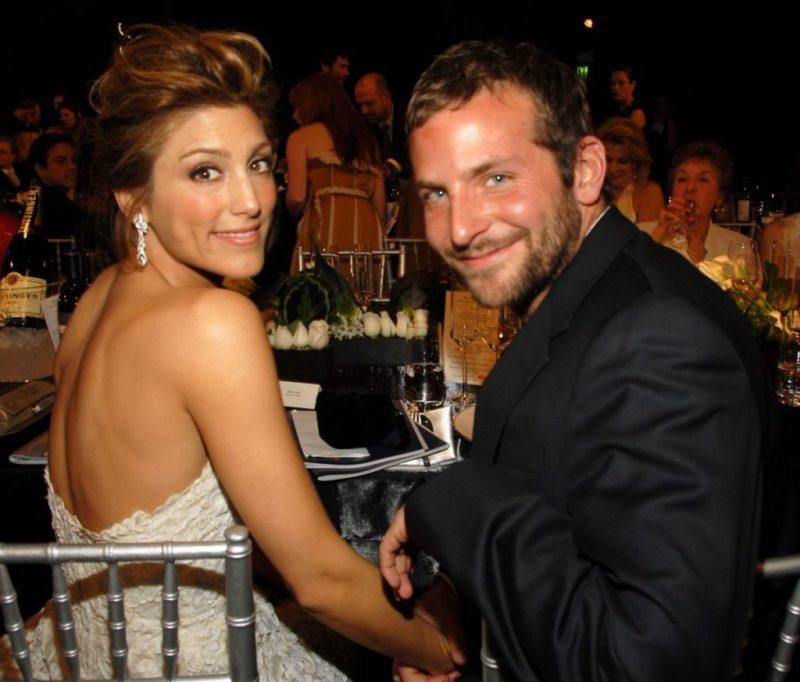 Datos curiosos sobre Bradley Cooper - 7-jennifer-esposito-hotbook
