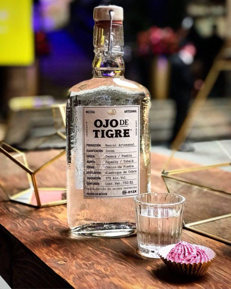 Ojo de Tigre, el mezcal de la buena suerte - hotbook-mezcal-ojo-de-tigre-1