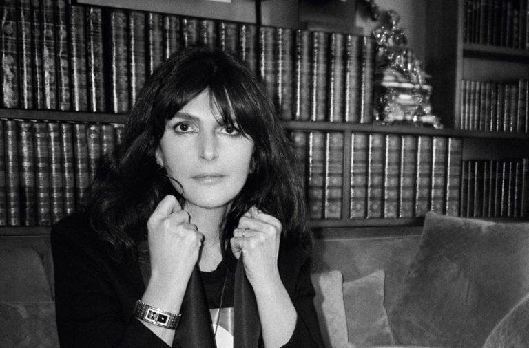 Virginie Viard, la nueva directora creativa de Chanel - hotbook-todo-lo-que-tienes-que-saber-sobre-virginie-viard-la-nueva-directora-creativa-de-chanel-1