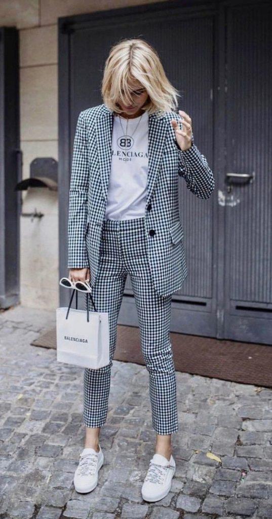 Tendencias de moda para esta primavera - 1-trajes-sastre-tendencias-2019-hotbook