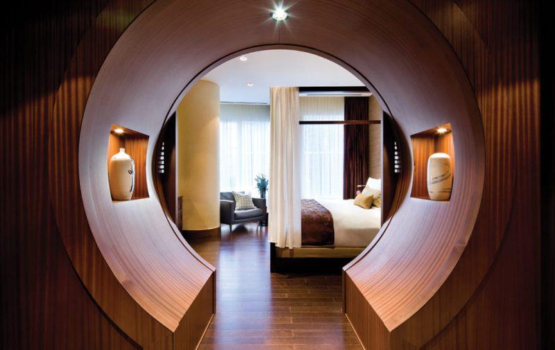 Hotel Shangri-La Toronto, un lujo asiático en Canadá - cuarto-shangrila-toronto-cama-decoracion
