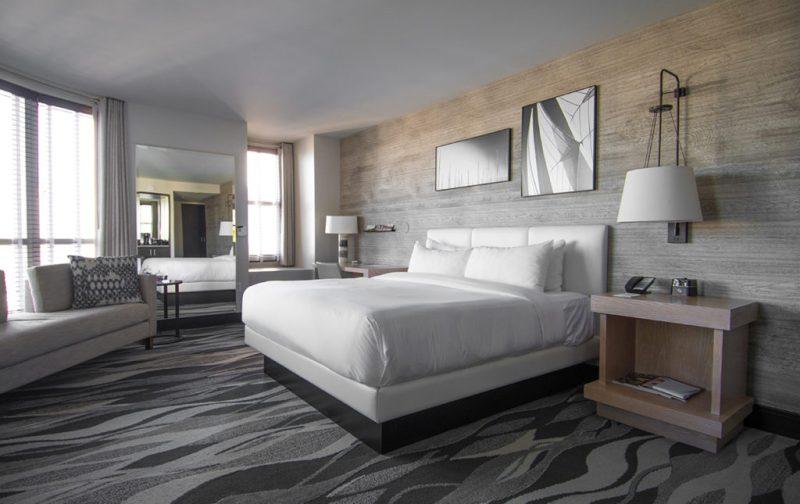 San Diego a la redonda: contrastes del sur de California - san-diego-cuarto-hotel-cama
