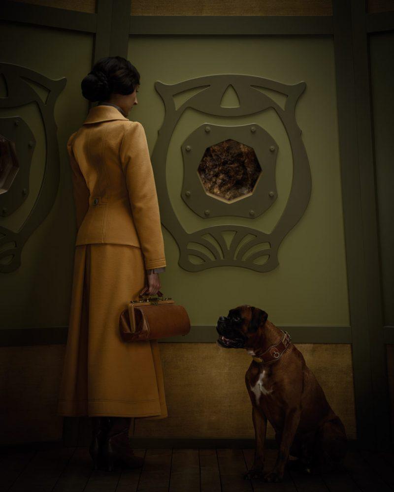 Christian Tagliavini: artesano de la fotografía - tagliavini_voyages-foto-perro-mujer-vestido