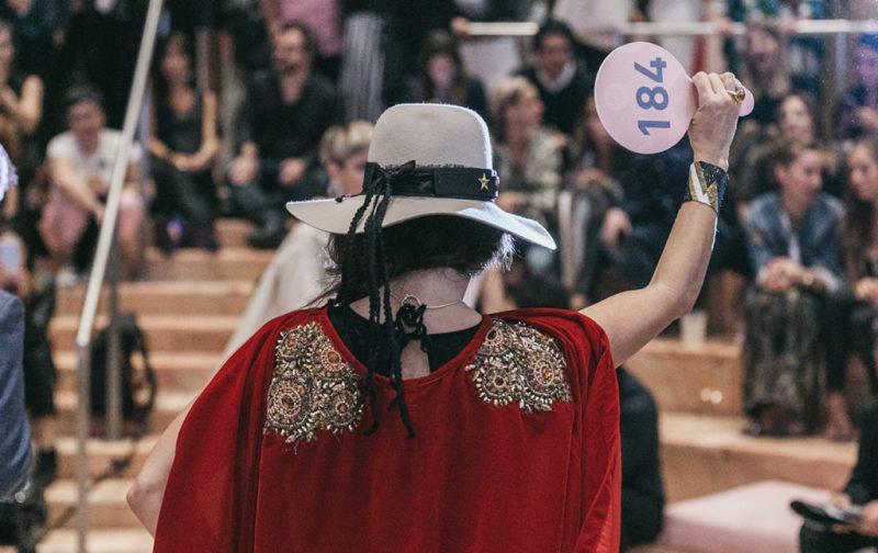 Anónimo: subastas de arte - anonimo-miami-mujer-184