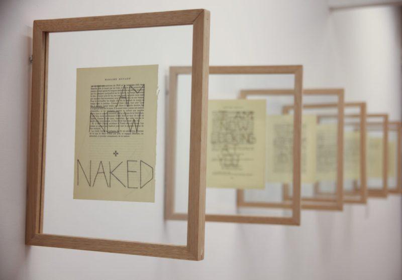 Elvira Smeke se desnuda ante el espectador en su más reciente exposición - fotos-de-sala-naked-frias-5