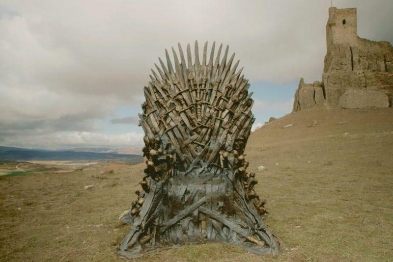 Las últimas noticias de Game of Thrones - hotbook-las-ultimas-noticias-de-game-of-thrones-trono