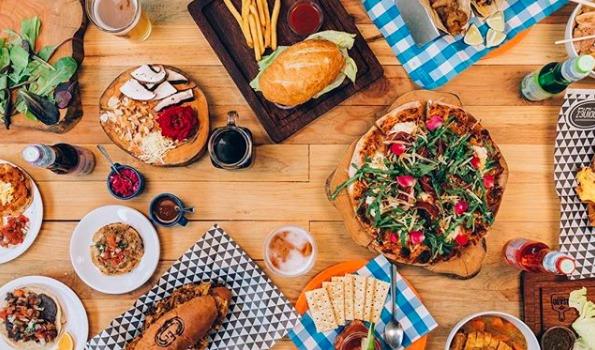 Los mejores mercados gourmet de la CDMX - HOTBOOK Los mejores mercados gourmet en la CDMX_PORTADA