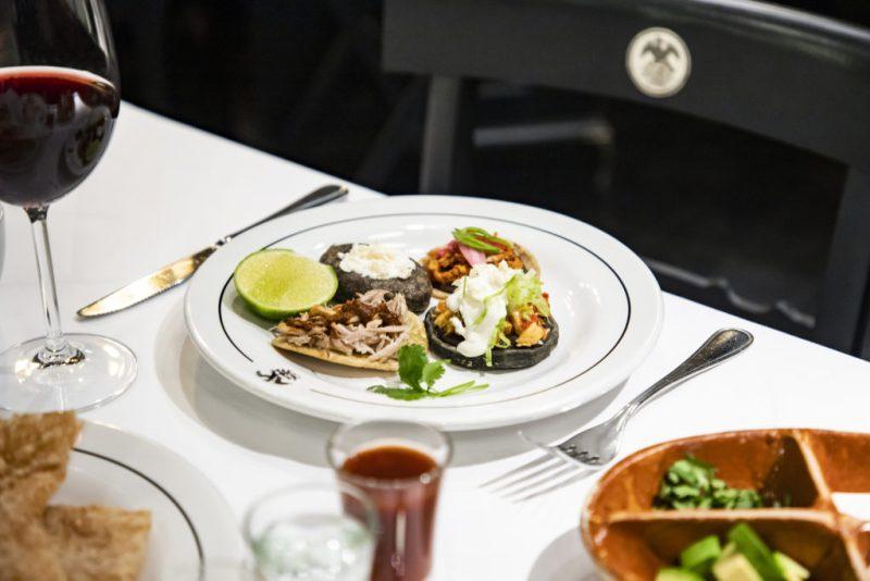 La Imperial, la cantina favorita de México - hotbook_laimperial_comida