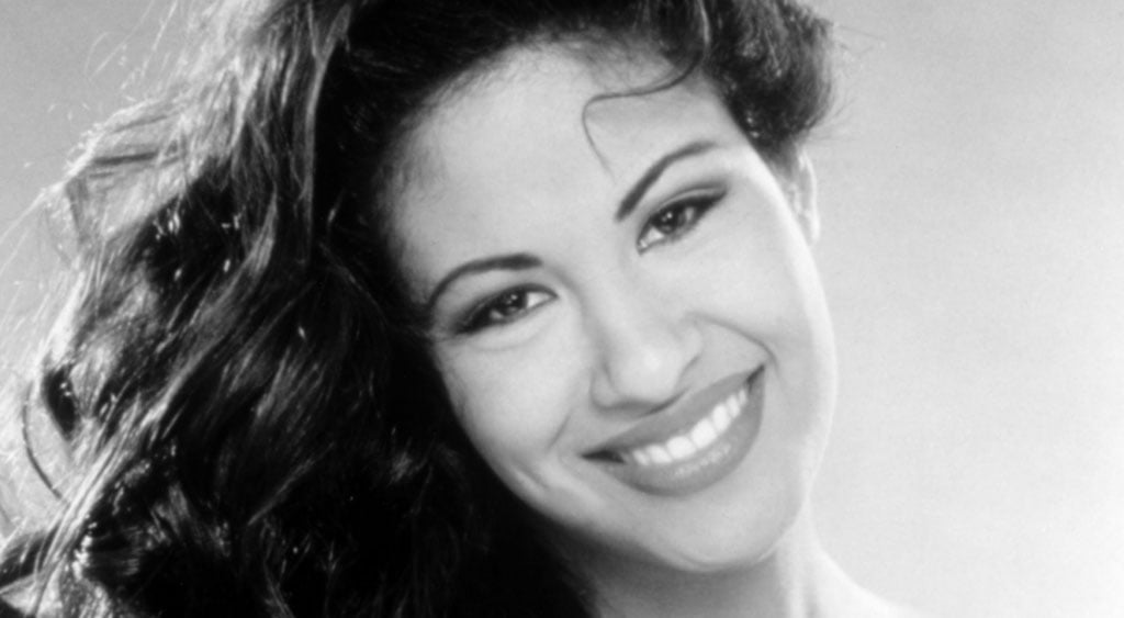12 datos de Selena Quintanilla que probablemente no conocías - Hotbook_SelenaQuintanilla_Portada