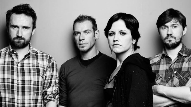 11 cosas que probablemente no sabías de The Cranberries - hotbook_thecranberries_6