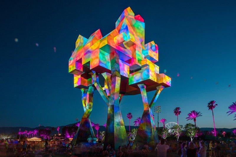 Coachella 101: todo lo que necesitas saber sobre el festival más esperado de la temporada - image-result-for-coachella-art-installations
