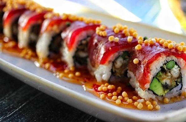Rollos de sushi exóticos en la CDMX - hotbook-rollos-de-sushi-exoticos-cdmx_rollo-shibuya-en-hotaru