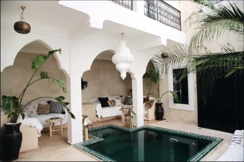 Los mejores Airbnb para hospedarte en tus próximas vacaciones - hotbook_airbnb_riadmarruecos