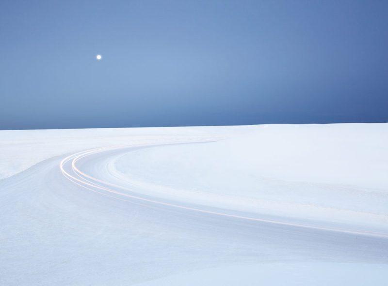 Tobias Hutzler: fotografía en movimiento - hotphoto-nieve-camino-luz