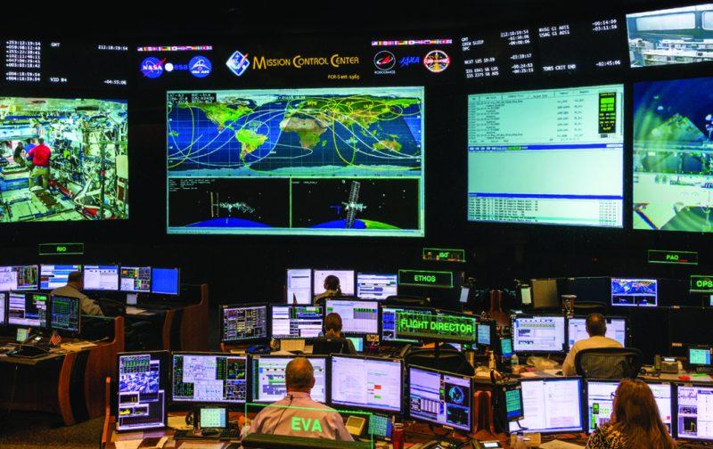 Houston celebra el 50° aniversario del primer alunizaje - lyndon-b-johnson-space-center-mission-control